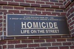 Homocide liv på gatatecknet Royaltyfri Fotografi