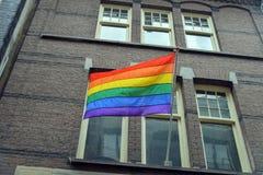 Homoseksualista flaga na domu Obraz Stock