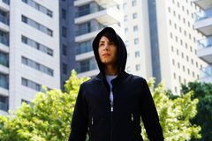 Homosexuel de type dans la ville Photo stock