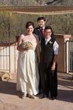 Homosexuelles verheiratetes Paar draußen Lizenzfreie Stockbilder
