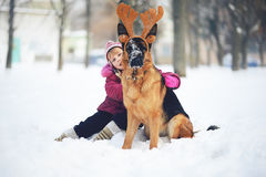 Hond en baby Stock Foto