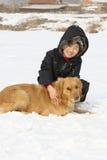 Hond en jongen stock afbeelding