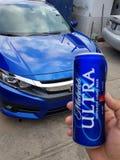 Honda Civic 2017/Cerveza Ultra zdjęcie stock