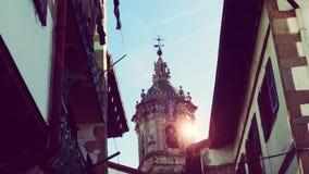 Hondarribia Fuenterrabia de Oude Architectuur van de Kerktoren Stock Foto