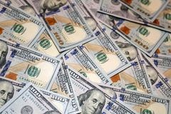 Honderd dollars Amerikaanse bankbiljetten Stock Afbeelding