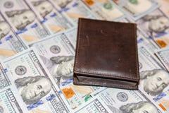 Honderd dollars Amerikaanse bankbiljetten Stock Afbeeldingen