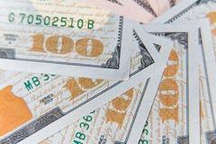 Honderd dollarsbankbiljetten Het Concept van de dollarsclose-up royalty-vrije stock foto's