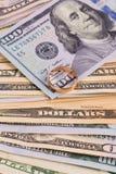 Honderd dollarsrekeningen Royalty-vrije Stock Afbeeldingen