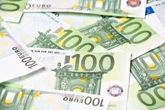 Honderd euroachtergrond Royalty-vrije Stock Afbeeldingen