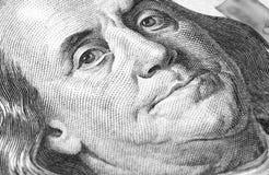 Honderd ons dollars macroclose-up Royalty-vrije Stock Afbeeldingen