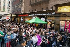 Hundreds of Fans Watch 2019 Stars in the Alley