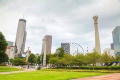 Honderdjarig Olympisch park met mensen in Atlanta, GA stock fotografie