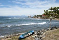 Honduras-Insel-Küstenlinie Stockfotografie