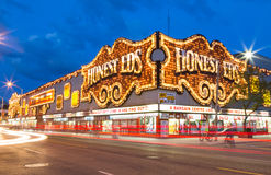 Honest Eds at Night Royalty Free Stock Photography