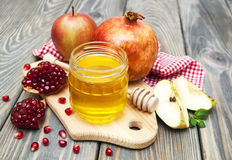 Honey apple and pomegranate Royalty Free Stock Image