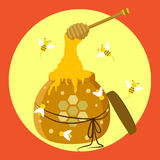 Honey Jar mit Honey Dipper- und Bienen-Illustration Stockbild