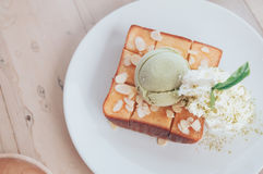 Honey Toast Matcha Green-Tee Eiscreme Stockbilder