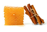 Honeycomb and cinnamon Royalty Free Stock Image