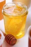 honeycomb miodowy słój Obraz Royalty Free