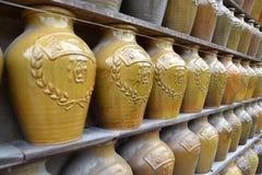 Honeywinepotten Royalty-vrije Stock Afbeeldingen