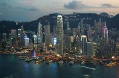Hong Kong öhorisont på natten Fotografering för Bildbyråer