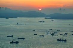 Hong Kong ösolnedgång Royaltyfria Foton