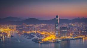 Hong Kong środkowego okręgu linia horyzontu i Wiktoria schronienia widok przy Obrazy Royalty Free