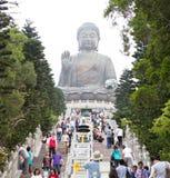Tian solbrända jätte- Buddha Royaltyfri Foto