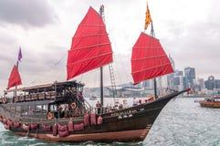 HONG KONG - 14 APRILE 2014: Barca famosa di Aqua Luna in Hong Kong P fotografia stock libera da diritti