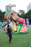 Hong Kong Arts 2014 no evento de Mardi Gras do parque Imagens de Stock Royalty Free