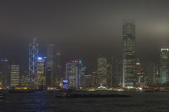 HONG KONG /CHINA 9 de marzo de 2007 - el horizonte de la ciudad por noche Foto de archivo libre de regalías