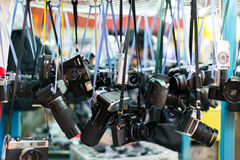 Hong Kong, China, Februar 07,2015 - Sam Sui Po, Kamera O übergebend lizenzfreies stockfoto