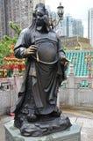 Hong Kong, China - 25. Juni 2014: Chinesischer Tierkreis-Bronze-Hahn Lizenzfreie Stockfotografie