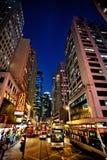 HONG KONG, CHINA - 28. NOVEMBER 2011: Ansicht über Hennessy-Straße, Hong Kong am 28. November 2011 Stockbild