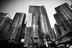 HONG KONG, CHINA - 27. NOVEMBER 2011: Ansicht über Straße in Hong Kong am 27. November 2011 Stockbilder
