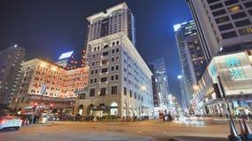 Hong Kong, Chine - 19 janvier 2019 : Laps de temps du trafic de voiture de ville de nuit le soir en Hong Kong banque de vidéos