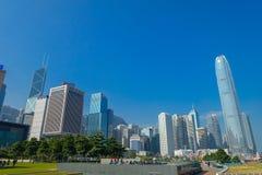 HONG KONG CHINY, STYCZEŃ, - 26, 2017: Nowożytni budynki w finansowym gromadzkim tle, lokalizować w Hong Kong mieście Fotografia Royalty Free