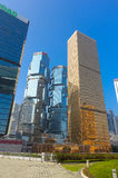 HONG KONG CHINY, STYCZEŃ, - 26, 2017: Nowożytni budynki w finansowym okręgu, lokalizować w Hong Kong mieście Obraz Royalty Free