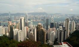 12/21/2015, Hong Kong, Cina Una vista da Hong Kong Across Victoria Harbour a Kowloon, Cina immagini stock libere da diritti