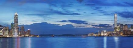 Hong Kong City på skymning Arkivbilder