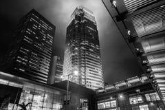 Hong Kong Commercial Building Black y blanco Imagenes de archivo