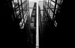 Hong Kong Commercial Building Black y blanco Foto de archivo libre de regalías