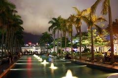 Hong Kong Cultural Centre av kustsidan av Victoria Harbour Arkivbilder