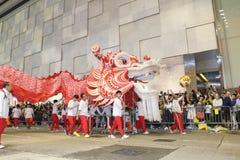 Hong Kong: De internationale Chinese Parade 2014 van de Nieuwjaarnacht Stock Foto
