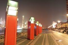HONG KONG - 17 de janeiro: A avenida das estrelas na noite janeiro 17.201 Fotografia de Stock Royalty Free