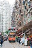 Hong Kong - December 07 2015: Dubbeldäckarespårvagnar electr Dubblett-däck Arkivbild
