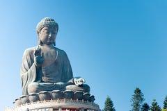 Hong Kong - 11 dicembre 2015: Tian Tan Buddha un punto turistico famoso Fotografia Stock Libera da Diritti