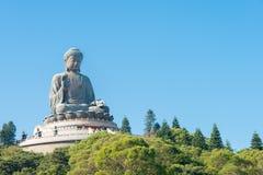 Hong Kong - 11 dicembre 2015: Tian Tan Buddha un punto turistico famoso nel rumore metallico di Ngong, Hong Kong Fotografie Stock