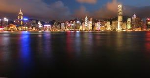 Hong Kong em Noite Fotografia de Stock Royalty Free