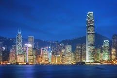 Hong Kong en la noche. Fotografía de archivo